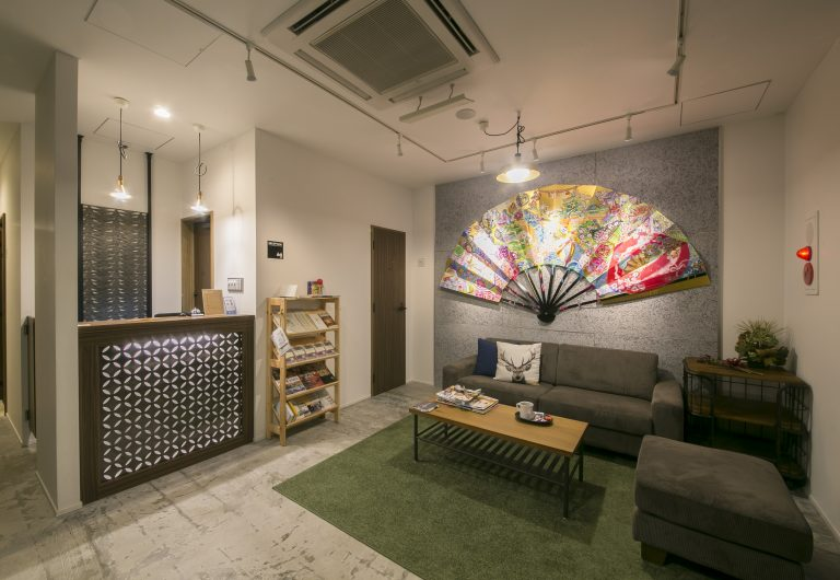 kaname hostel backpacker's resthouse lobby front desk reception lounge