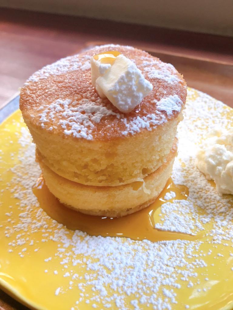 3.8 cm thick pancakes at Yasue Jardin in Kanazawa