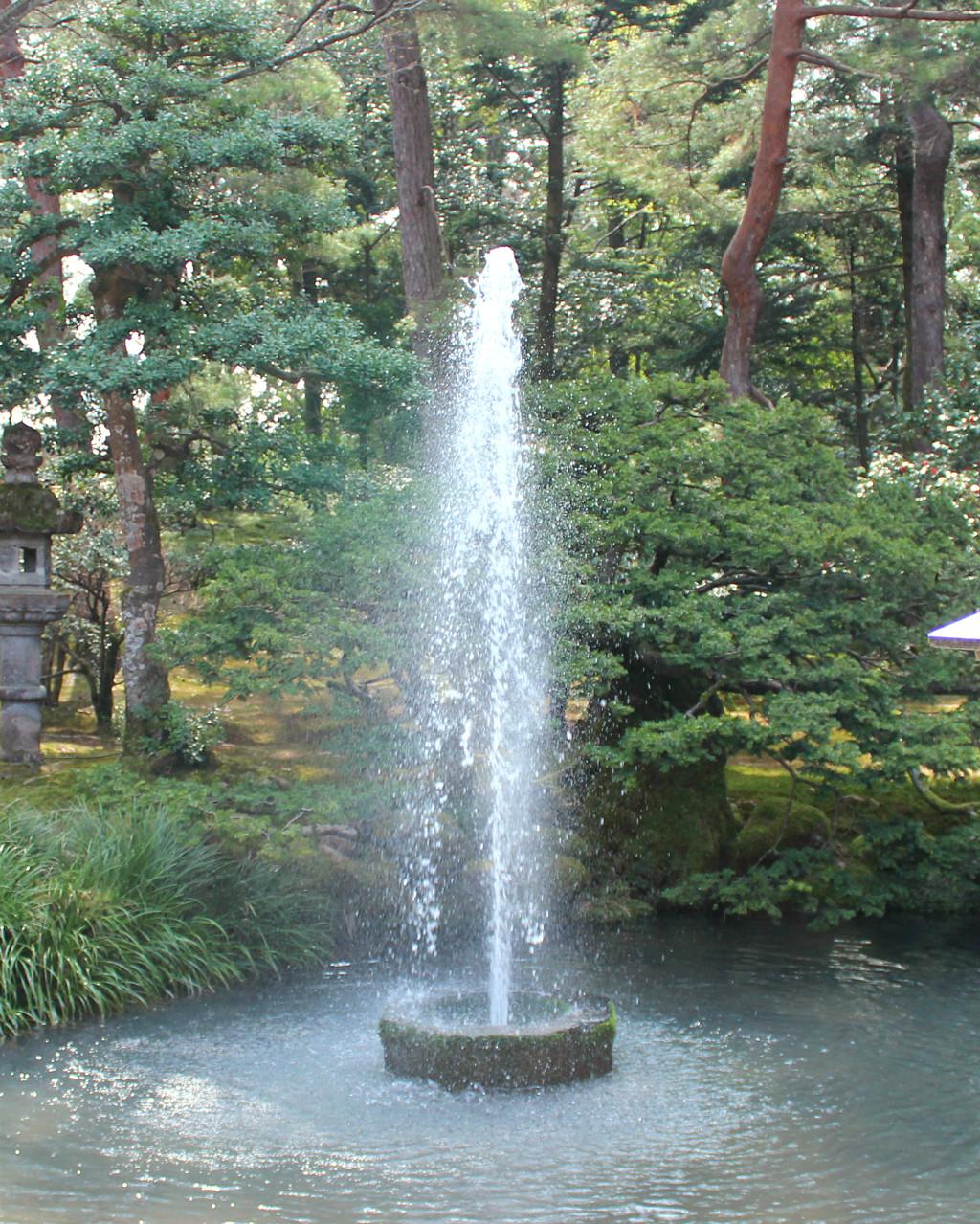 The Natural Pressure Fountain at Kenrokuen Garden Park in Kanazawa