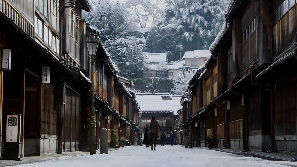 Higashi Chaya in winter, courtesy of Kanazawa City