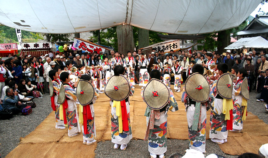 Ladies gather to dance during the Doburoku Festival in Shirakawago