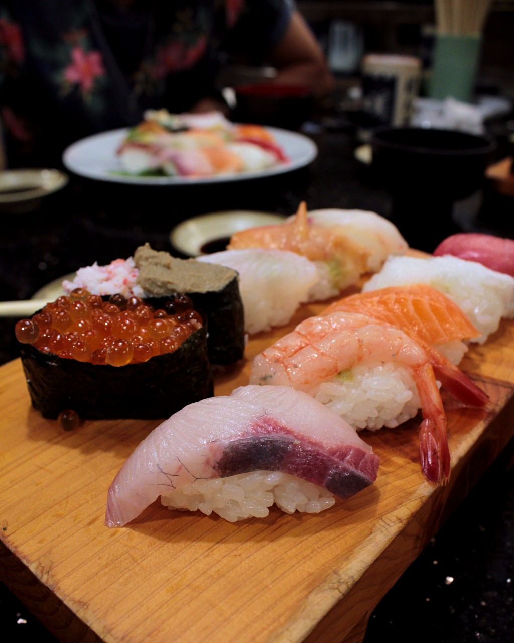 Nigiri sushi set from Ponta, one of the best unknown conveyor belt sushi restaurants in Kanazawa