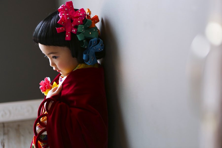 3-year-old in kimono, by Studio Emu
