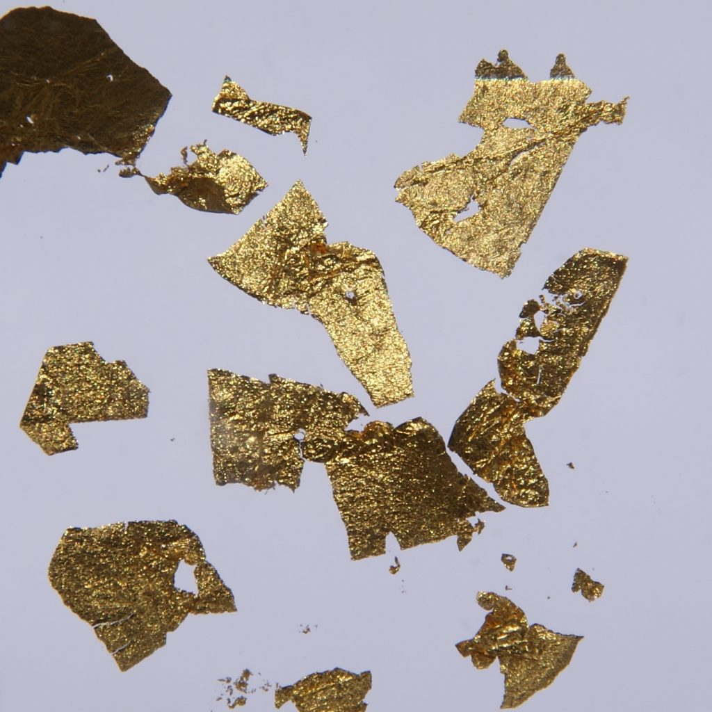 Gold flake, wiki commons