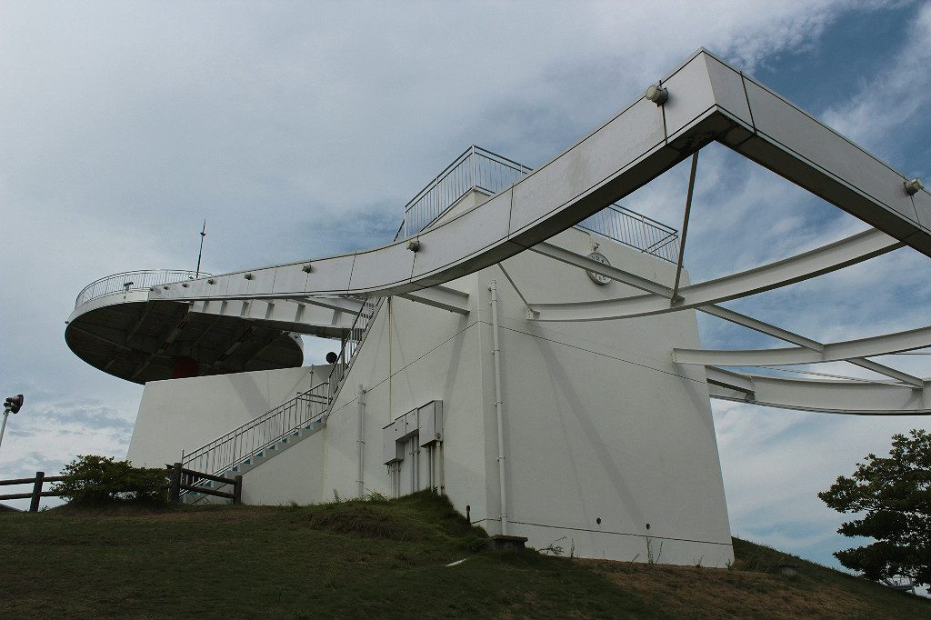 The Observation Towner in Uchinada General Park, for fantastic views of the Sea of Japan and the Japanese Alps in one spot, in Kanazawa, Japan