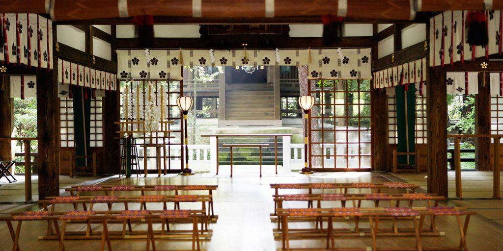 Oyama Shrine's haiden, or front worshiping hall