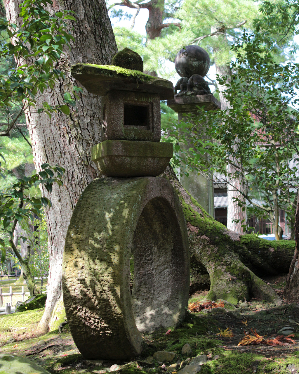 Unique stone lanterns and statues at Kanazawa Shrine