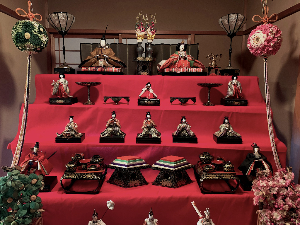 a hina matsuri display at the Dolls Museum in Nishi Chaya, Kanazawa's western geisha district