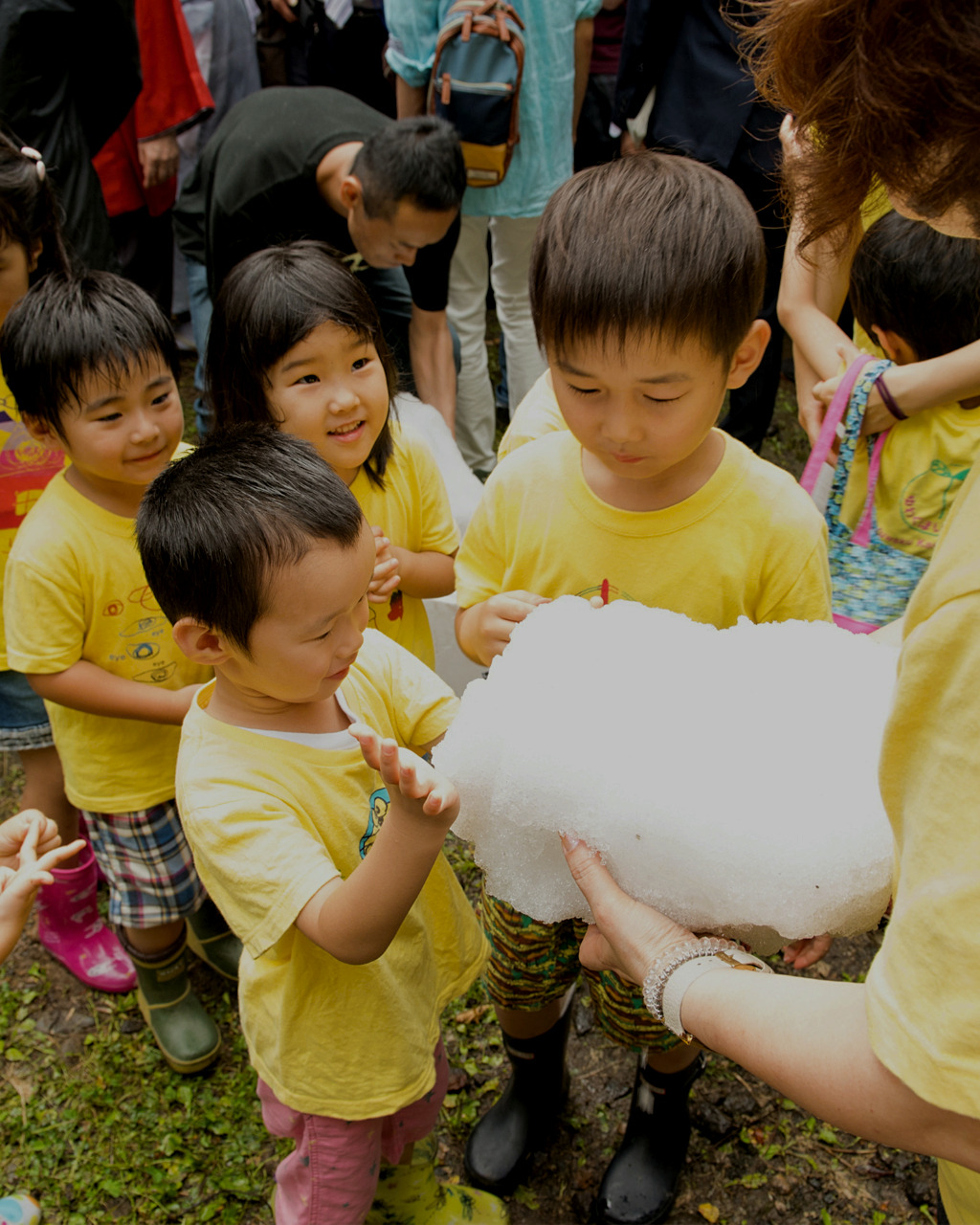 Children at the summer Yuwaku Ice festival