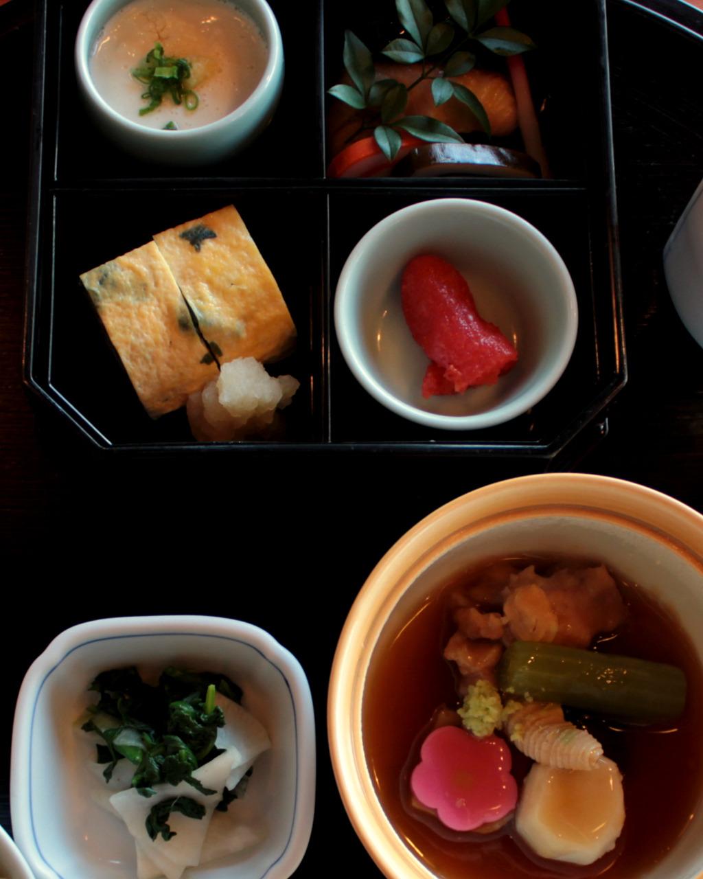 Kincharyo Kohrinbo, traditional breakfast in Kanazawa, Japan