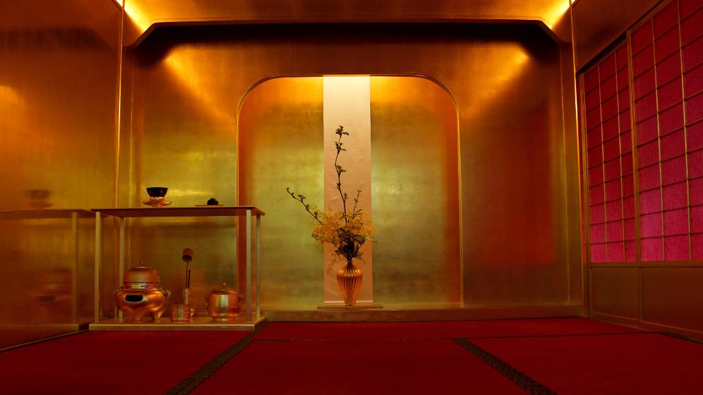 Hideyoshi Gold Tea Room at Hakuza Honten in Kanazawa