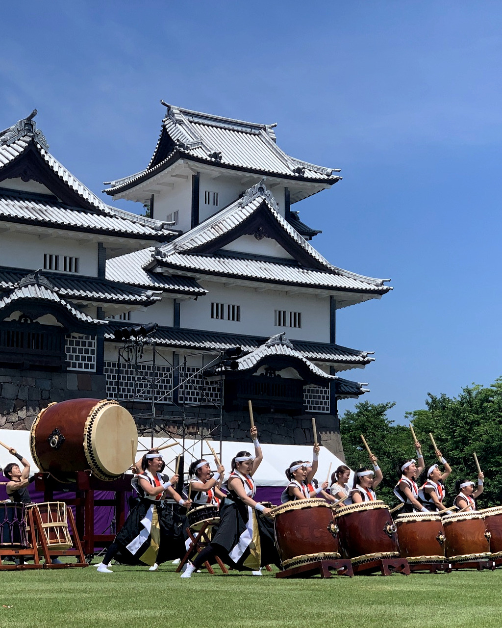 Taiko drummers in front of Kanazawa Castle during the Hyakumangoku Festival