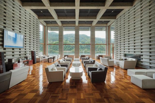 River Resort Garaku, Art Hotel in toyama
